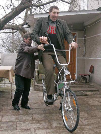 Леонид Стадник - самый высокий человек в мире
