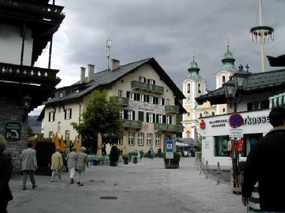 Титол, Австрия