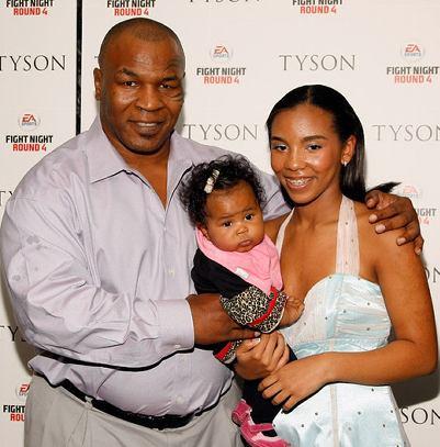 Дочь Тайсона он и жена