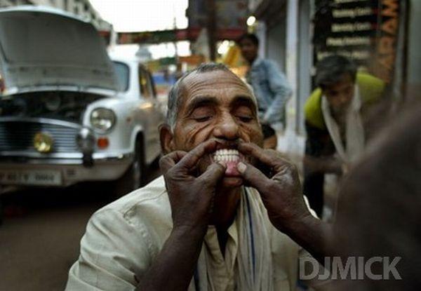 Уличные дантисты