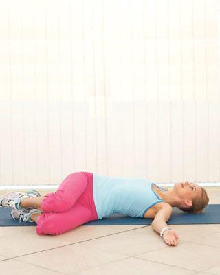 Упражнение на нижний пресс и спину - Б