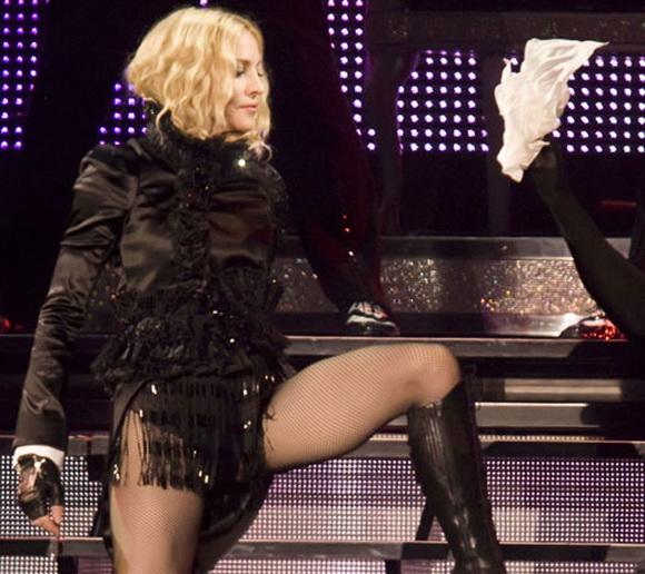 Мадонна Sticky & Sweet Tour