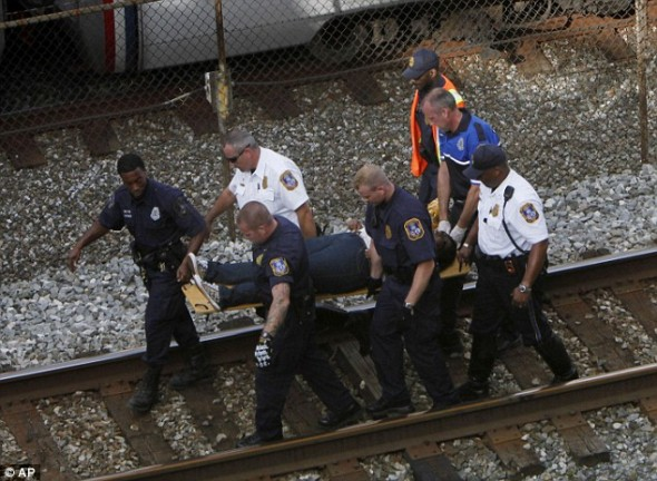Авария поездов в вашингтонском метро