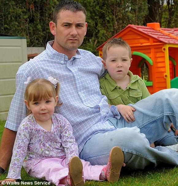 Обреченная на смерть мать обучает мужа воспитанию детишек
