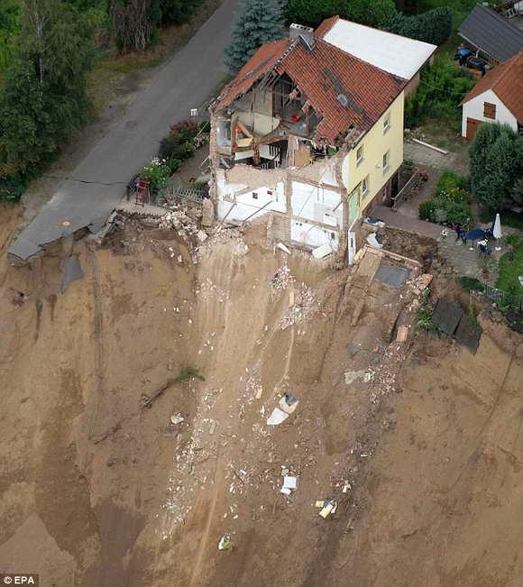 В Германии произошел трагичный оползень