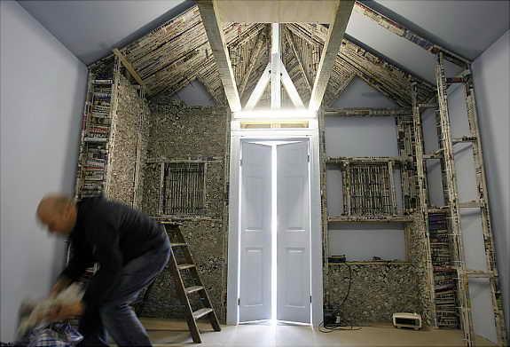 Сумасшедший дом из газет, Лондон