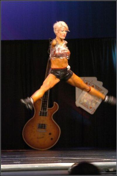 Barbie Guerra красивая и сильная духом женщина