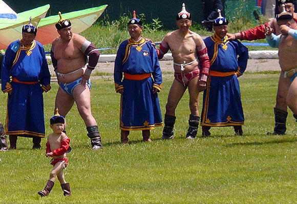Соревнования по рестлингу в Монголии