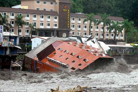 В Китае обрушился многоэтажный дом