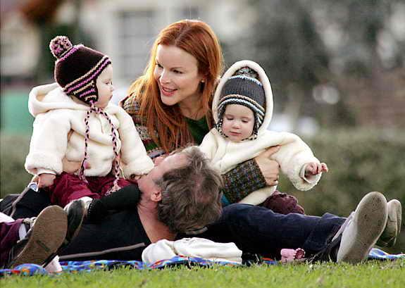 Актриса Марша Кросс рада двум свои детишкам Эдену и Саванне