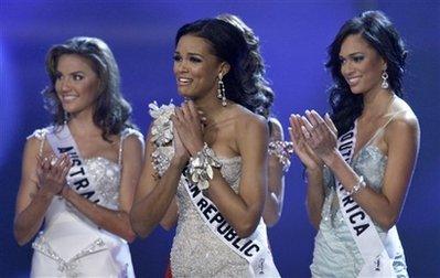 Мисс Доминиканская Республика Ада Эмы Де ля Круз - попадение в пятерку финалисток