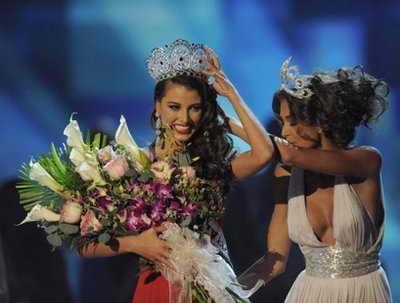 Момент истины: коронование Мисс Вселенной 2009