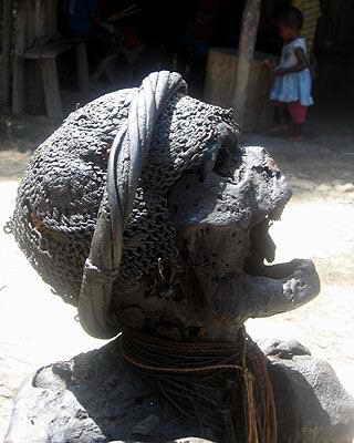 Сохранившаяся мумия в Папуа