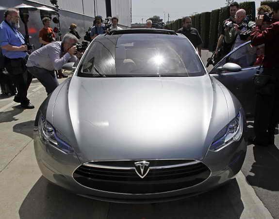 Элетромобиль Tesla S