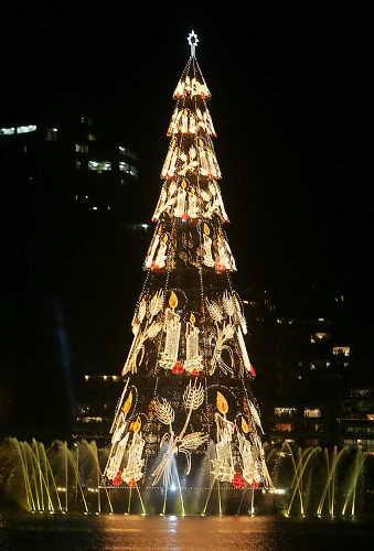 самое большое рождественское дерево