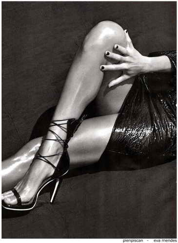 Eva Mendes - седьмая фото