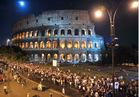 Рим Колизеей