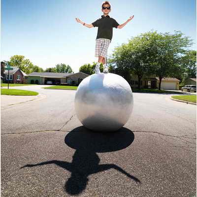 самый большой шар из клейкой ленты