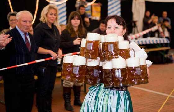 Самое большое количество кружек пива