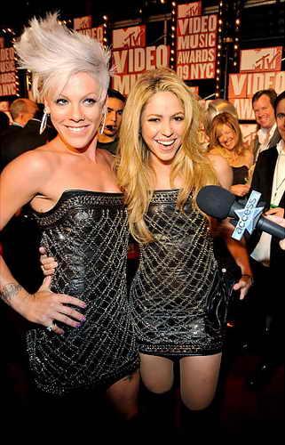 Pink и Shakira