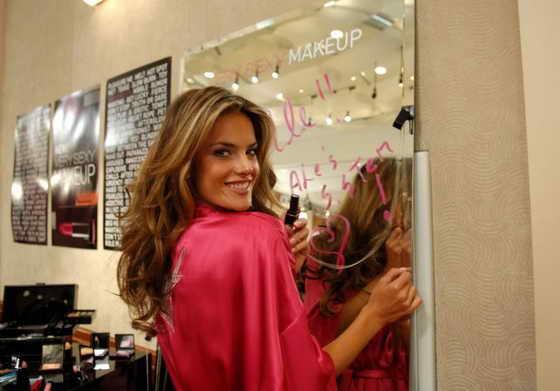 розовый пуловер для девочки вязаный спицами