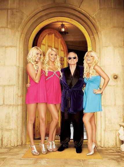 Хью Хефнер и модели Playboy Кристина, Карисса и Кристалл