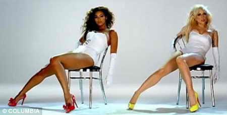 """Певицы Beyonce и Lady GaGa даже оделись одинаково в клипе """"Video Phone"""""""