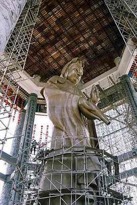Самый большой павильон в мире в храме Пенан Кек Лок Си