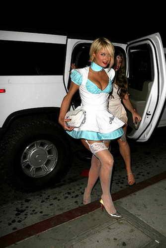 Пэрис готова уже к мощной вечеринке в стиле Playboy