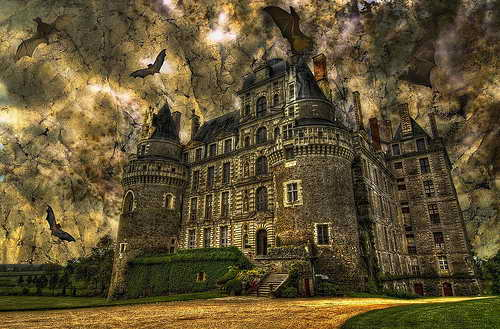 Замок Brissac, расположенный в долине Луары во Франции