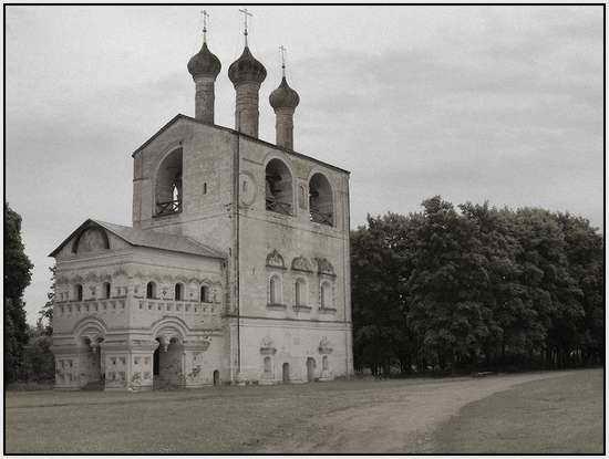 Борисоглебский монастырь близ Ростова, Россия