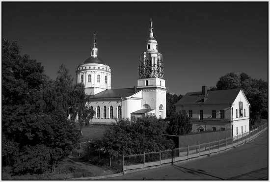 Храм Архангела Михаила, Россия