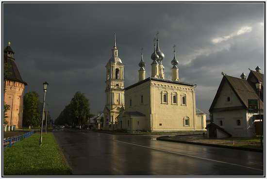 Смоленская церковь в Суздале, Россия
