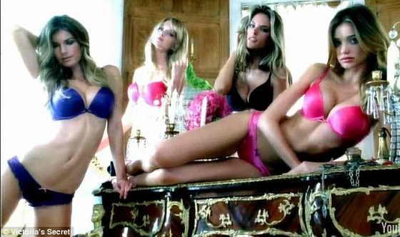 Миранда Керр, модель Victoria's Secret