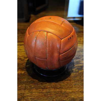 Специально созданный мяч Slazenger под Чемпионат мира по футболу 1966 года в Англии