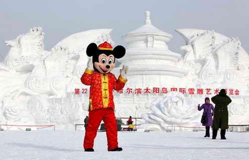 Микки Маус и снеговые замки
