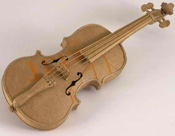 Скрипка чуть ли не Страдивари