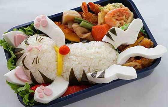 И прикольная японская еда бенто