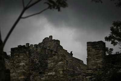 гробница майя