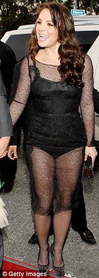 Бритни Спирс в прозрачном черном платье от Dolce & Gabbana