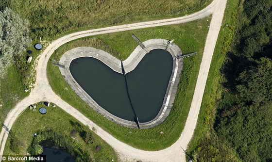 Полон любви: Водохранилище в Шенберге, Германия