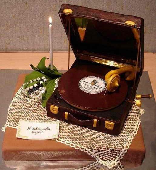 Торт - граммофон
