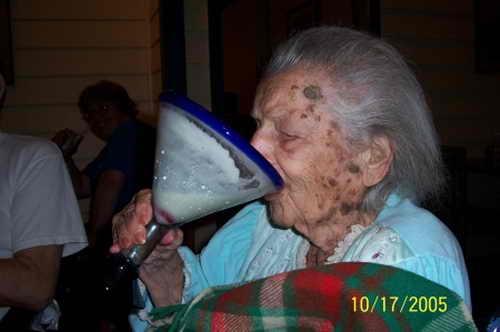 Прикольные и сумасшедшие бабушки взорвут ваш мозг