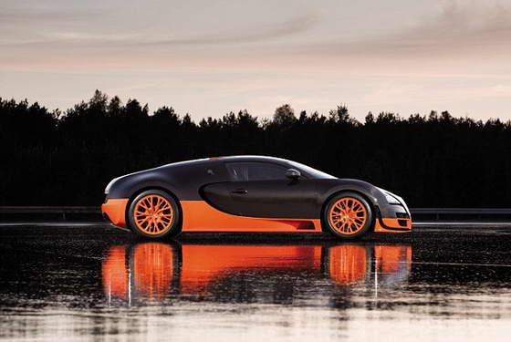 Красавчик Bugatti Veyron 16,4 Super Sport