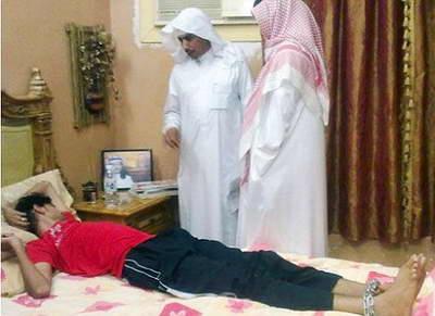 """В Саудовской Аравии отец держит сына в подвале 6 лет из-за его """"одержимости злым женским духом"""""""
