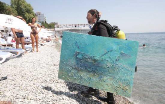 Книга рекордов Украины: Самая большая подводная картина от художника Александра Белозора