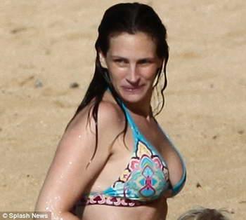 У Джулии Робертс заметно выросла грудь. Всему виной пицца? (фото)