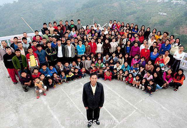 Самая большая семья с мире у Зиона Чана