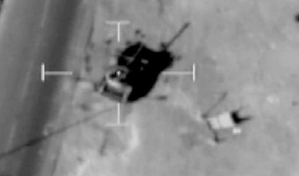 Ракетный удар по ливийскому танку