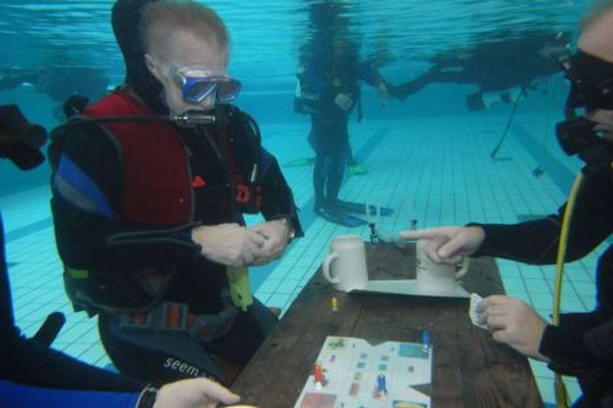Самая продолжительная игра под водой